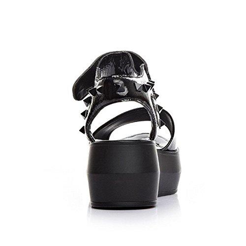 AllhqFashion Mujeres Peep Plataforma Velcro Tachonado Sandalia Negro