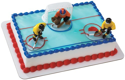 Hockey FaceOff DecoSet Cake -