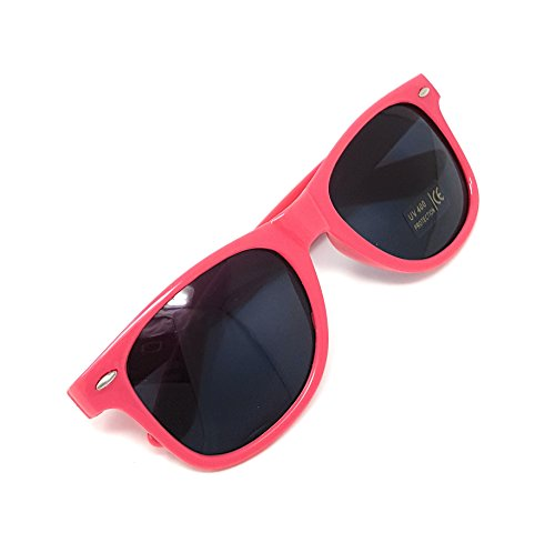 Classic Sunglasses - Stylish Sunglasses with 100% UV Protection - by Pointed Designs - People Old Sunglasses