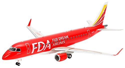 (Tamiya America, Inc 1 100 Fuji Dream Airlines Embraer 175, TAM92197)