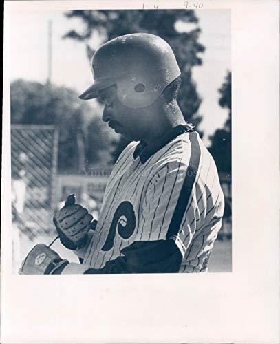 (Vintage Photos 1975 Photo Phillies Batting Baseball Team Sports Striped Shirt Helmet Glove 8x10)