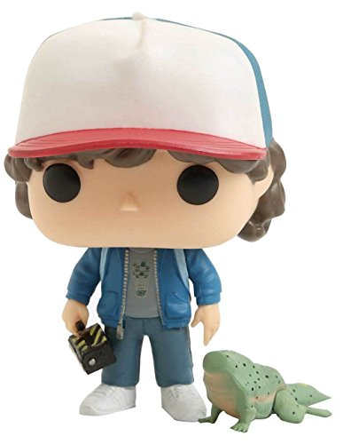 Funko - Stranger Things-Dustin with Dart Exclusive Figurina, Multicolor, 24363