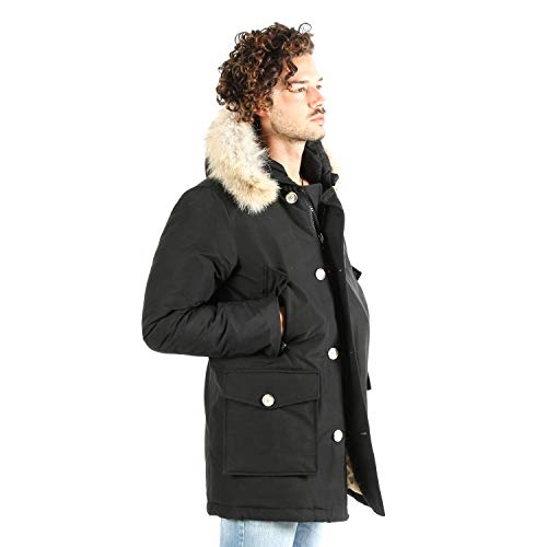 average at Giacca Nero Woolrich Giacca qSw788EnzY Uomo Woolrich OxnqF4Cwf