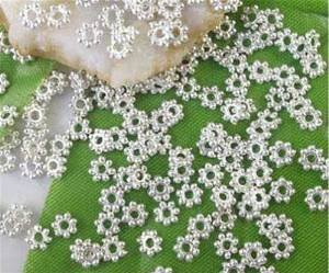 (Beautiful Bead 4mm Silver Plated Daisy Spacer Beads for DIY Jewelry Making (About 1000pcs ))