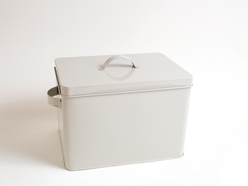 Lata grande ideal para almacenar colada, utensilios de cocina, herramientas y artículos para el jardín o cobertizo: Amazon.es: Hogar