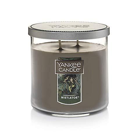 (Yankee Candles Mistletoe Medium 2-Wick Tumbler,Festive)