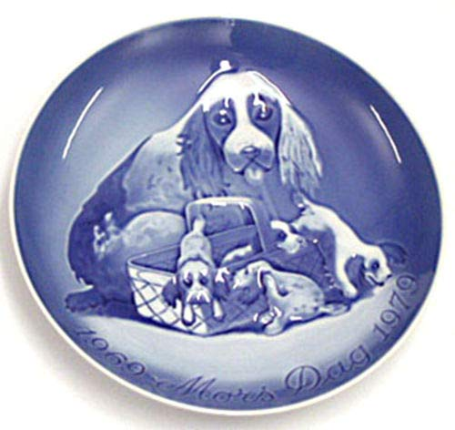 - 1969-1979 Bing and Grondahl Mother's Day Jubilee Plate -- Cokcer Spaniel and Pups
