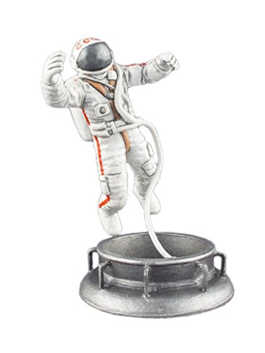 Astronaut Alexey Leonov Historical Sculpture Spaceman Hand Painted Tin Metal Collection Toy Soldier Size 1/32 Scale Décor Accents 54mm for Home Collectible Figurines Best Gift ITEM (Spaceman Tin)