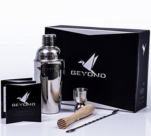 BEYOND Premium Cocktail Shaker Set aus Edelstahl: 500 ml Shaker, Stößel, Messbecher, Löffel und Broschüre