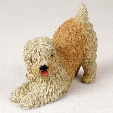 (Soft Coated Wheaten Terrier Standard Figurine)