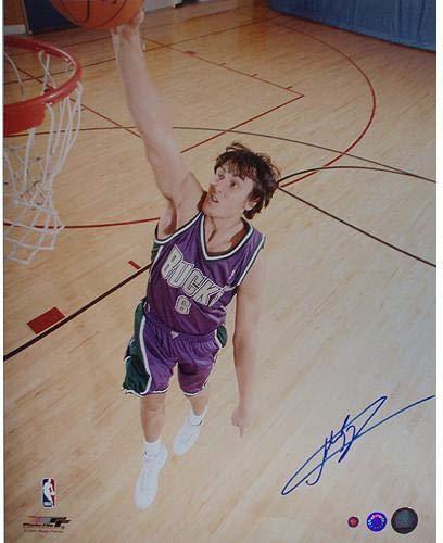 Andrew Bogut Signed Bucks Action Dunk 16x20 Photograph (Schwartz) - Steiner Sports Certified - Autographed NBA Photos