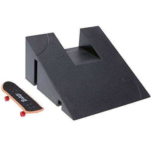 GreenSun TM Training Games Finger Skating Board with Ramp Parts Track Kids Toys Mini Table Game Finger Skating Board Funny (Mini Ramp Skating)