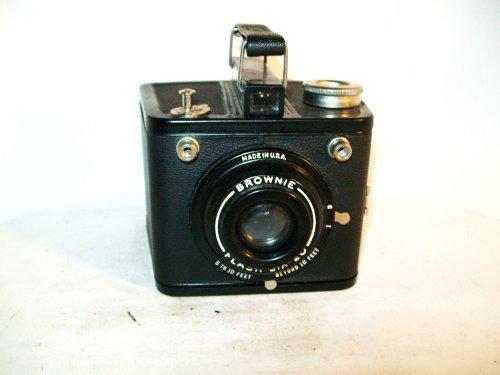 Vintage Kodak Brownie Flash Six-20 Box Camera -