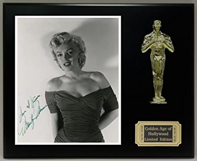 Marilyn Monroe Reproduction Autographed 8 x 10 Photo LTD Edition Oscar Movie Display