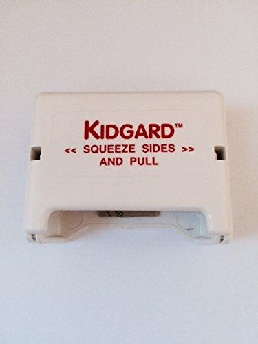 - KIDGARD Seat Belt Guard 2/pak