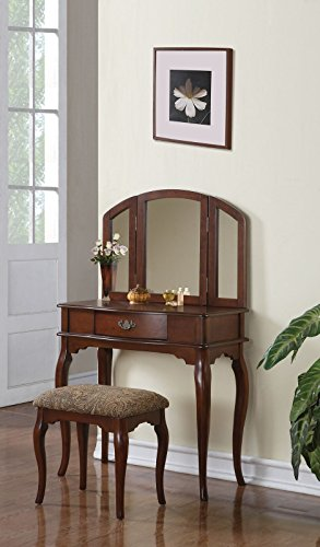 Inland Empire Furniture's Noah Vanity With Stool Set