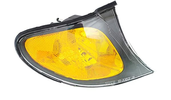 Corner Light For 2002-2005 BMW 325i 325xi Driver Side w// Bulb