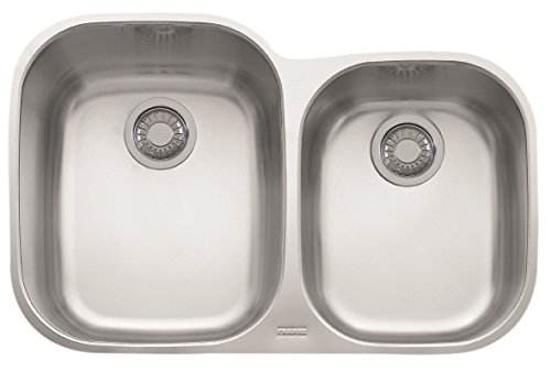 Franke RGX160 Regatta 31 1/2' x 20 1/2' x 8 7/8' 18 Gauge Undermount Dual Bowl Stainless Steel Kitchen Sink