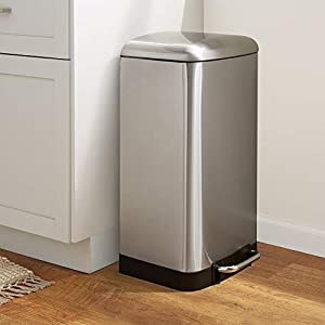 AmazonBasics Rectangle Soft-Close Trash Can with Steel Bar Pedal – 20L, Nickel