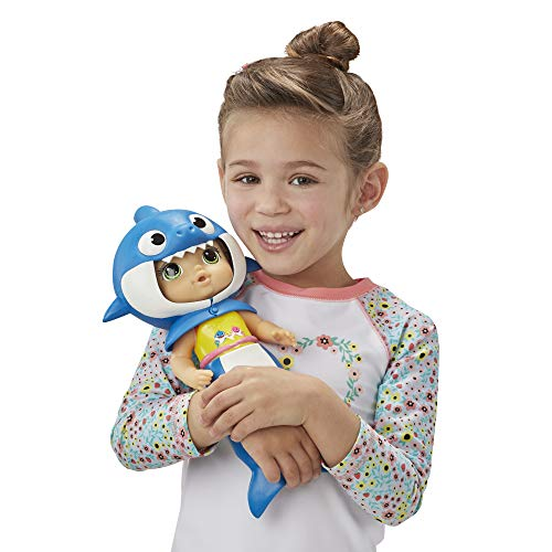 4156UnGgz%2BL - Baby Alive, Baby Shark Brown Hair Doll, with Tail & Hood, Inspired by Hit Song & Dance, Waterplay Toy for Kids Ages 3 Years Old & Up (Amazon Exclusive)