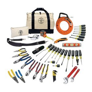 y Knife, Adjustable Wrenches, Screwdrivers, Pliers, and More, 41 Piece Klein Tools 80141 ()