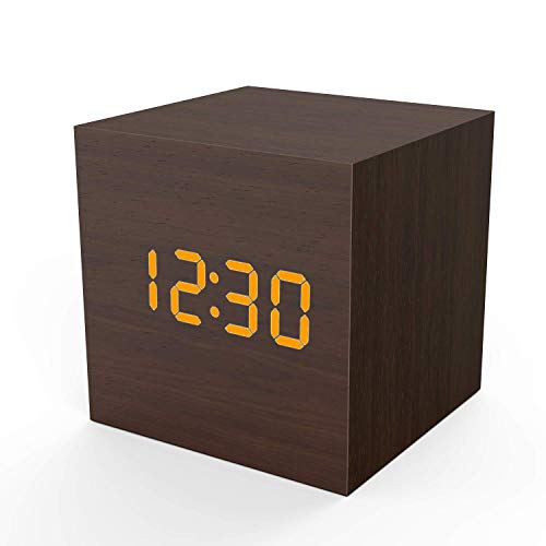Topacom Wooden Digital Alarm Clock Cube Little Clock, LED Table Clock USB/Battery Powered for Heavy Sleepers, Kids, Bedrooms with Adjustable Brightness Voice Control, Brown ()