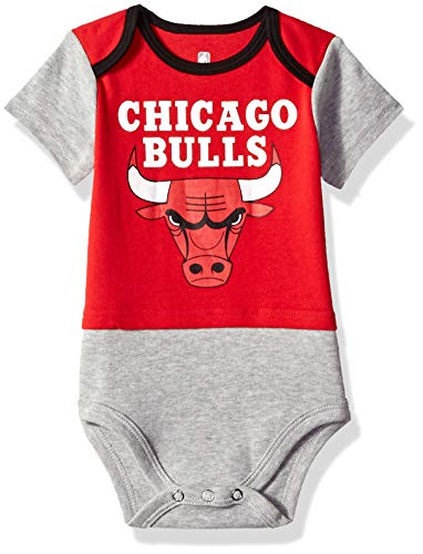 Outerstuff NBA NBA Newborn & Infant Chicago Bulls Referee Short Sleeve Bodysuit, Red, 18 Months ()