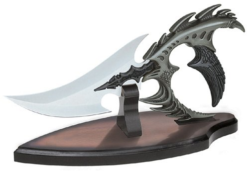 - United Cutlery - Kraken w/Stand - Blades of Atlantis Collection