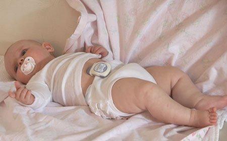 Snuza Hero Baby Breathing Monitor by Biosentronics