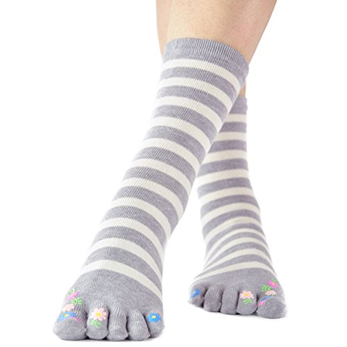 Fresh Daisy Flowers White Blue Stripe Toes Socks Funky Socks for Girls (White Grey Stripe) ()