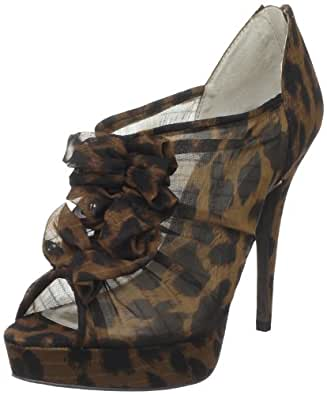 Chinese Laundry Women's Haylie Pump,Eastern Leopard,5.5 M US