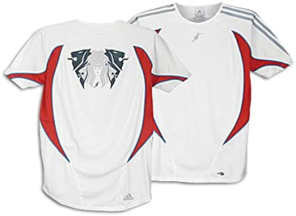 paralelo Limo Gracias por tu ayuda  Amazon.com: adidas Predator ClimaCool Jersey - David Beckham - White  Medium: Sports & Outdoors
