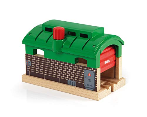 (BRIO 33574 Train Garage | Toy Train Accessory for Kids Age 3 and Up)