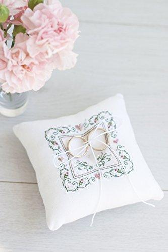 Ring bearer pillow - Ring pillow - wedding pillow - Embroidered white ring (Embroidered Ring Bearer Pillow)