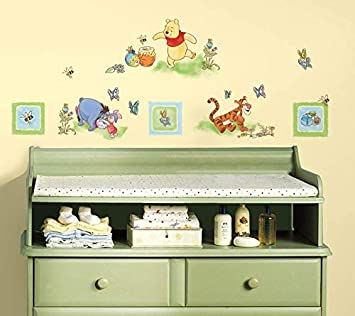 SET OF 2 DISNEY WINNIE THE POOH REMOVABLE /& REUSABLE CHILDREN//KIDS WALL STICKERS