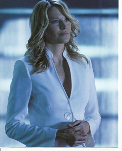 - Battlestar Galactica Lucy Lawless as D'Anna Biers White Top 8 x 10 Photo