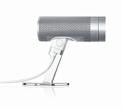 hook up microphone to macbook