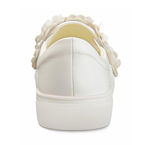 Brinley Co Dames Melor Kunstleer Trapsgewijze 3d Bloemen Instappers Sneakers Wit