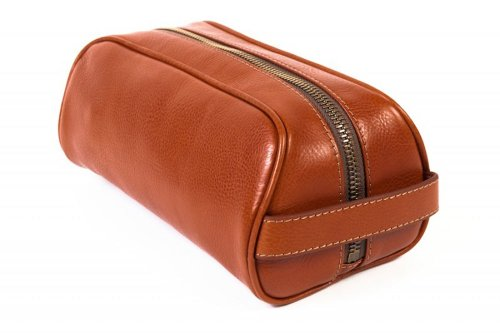 Bosca Men's Correspondent - Small Softpak Kit Chestnut Luggage Accessory by Bosca