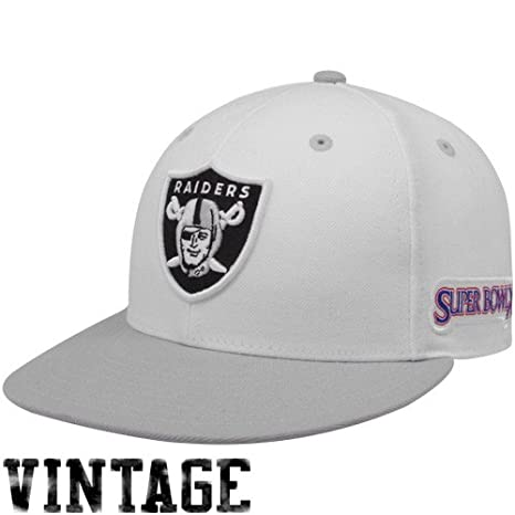 ccba103ae44 Amazon.com   Oakland Raiders Super Bowl Champs Fitted Hat (6 7 8 ...