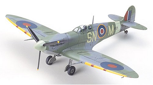 Supermarine Spitfire - 1:72 Scale Aircraft - -