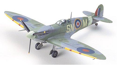 Supermarine Spitfire - 1:72 Scale Aircraft - Tamiya ()