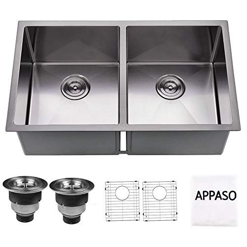 (APPASO 32-inch Double Bowl Kitchen Sink, 16 Gauge Stainless Steel 10 Inch Deep Undermount 50/50 Kitchen Sink with Grid and Strainer )