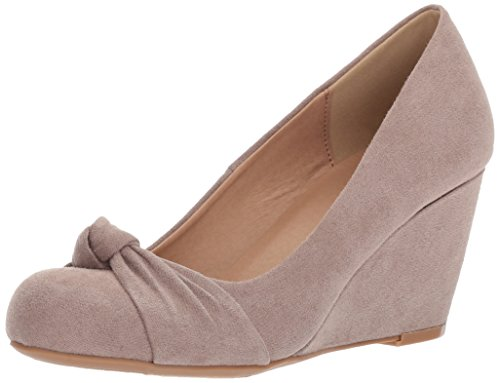 CL by Chinese Laundry Women's Nerin Wedge Pump Pebble Taupe Suede
