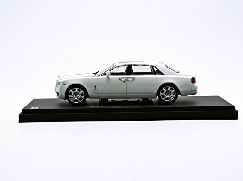 Rolls Royce Ghost English White with Extended Wheel Base 1/43 by Kyosho 05551