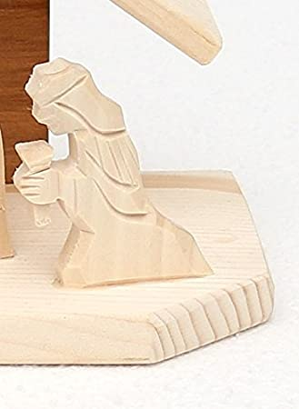sculpt/ée /à la main. 12 x 6 x 17 cm Cr/èche de No/ël en bois ca