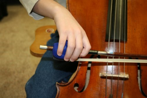 Black Things 4 Strings CelloPhant Award-Winning Cello / (French-style bow) Bass Bow Hold Teaching Aid
