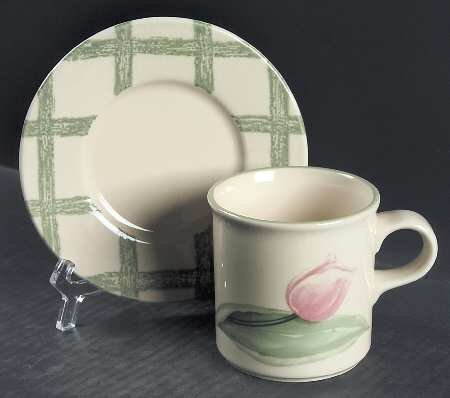 Pfaltzgraff Garden Party Cup Mug and Saucer green plaid pink tulip