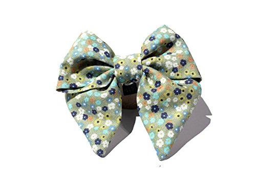 Very Vintage Design Dog Cat Collar Bow Tie Sage Bouquet Sage Green Blues Floral Flowers Hand Crafted Collection Organic Cotton Personalized Adjustable Pet Bowtie ()