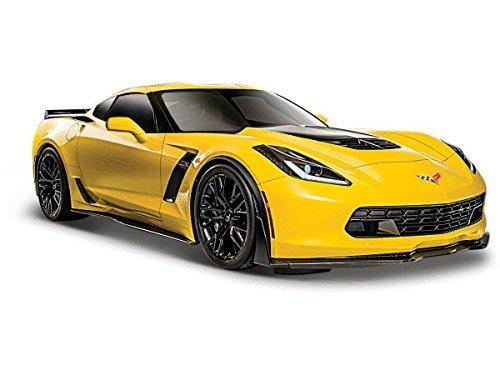 2015-chevrolet-corvette-c7-z06-yellow-1-24-by-maisto-31133